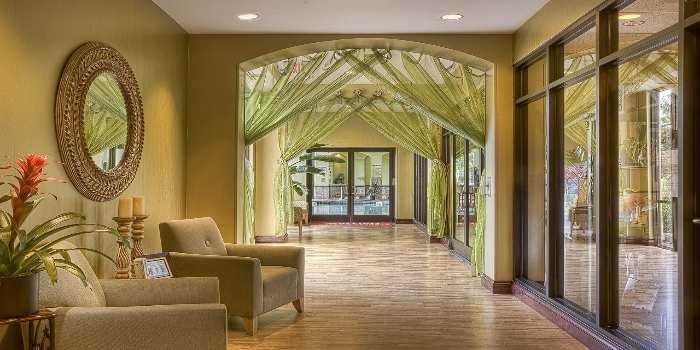 Der Lodge Bereich eines Altbauhotels