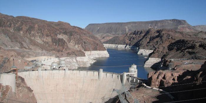 Das Bild zeigt den Hoover Dam in Las Vegas.